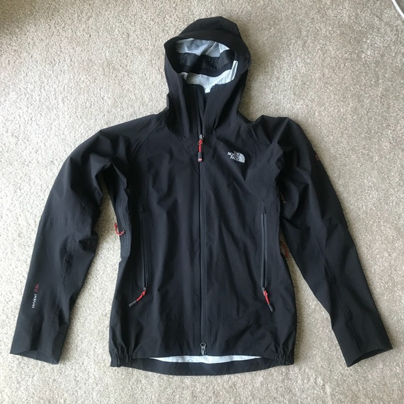 5f356e7a9 The North face Summit Series Women's rain jacket